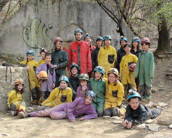 2011 Barlangászás